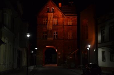 altes Stadttor Lübbenau bei Nacht
