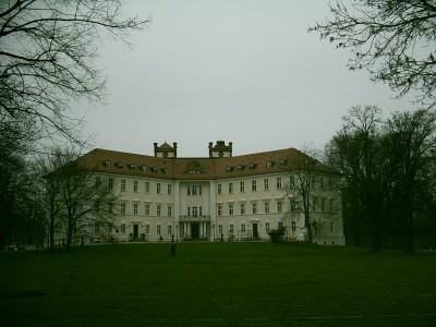 Schloss mit Schlosspark der Familie Graf zu Lynar